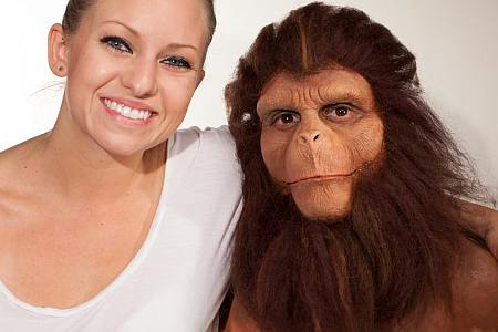 Transformación de hombre a simio