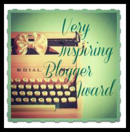Premio Very Inspiring Blogger -Versión Typing Machine