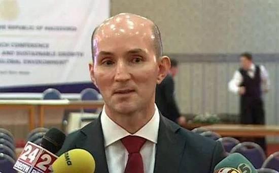 Una de las cabezas más brillantes de la actualidad / One of the brightest heads of the present