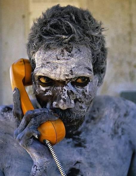 ¿Diga? / Hello?