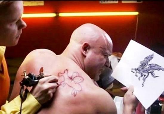 Tatuador novato / Rookie tattooist