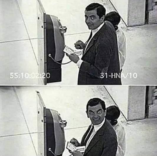 Cada vez que veo una cámara de seguridad / Every time I see a security camera