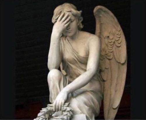 Mi ángel de la guarda mirando cómo tomo decisiones en la vida / My guardian angel looking at my life decisions like