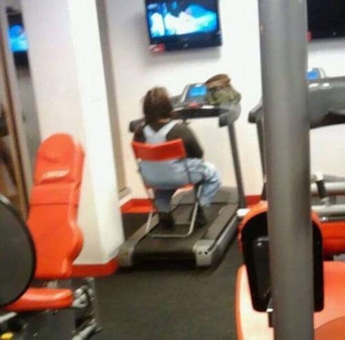 En el gimnasio / At the gym